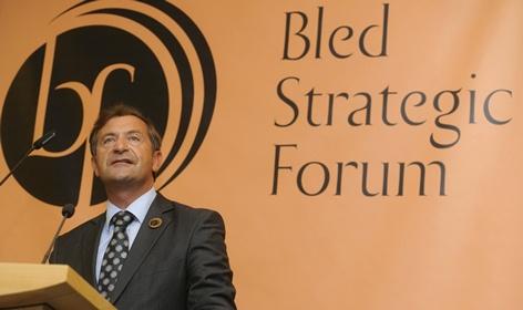 Minister Erjavec predstavil letošnji 11. strateški forum Bled