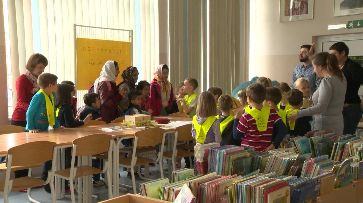 Za begunske otroke v Logatcu dobro poskrbljeno