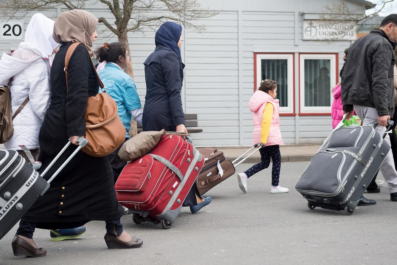 Italija in Nemčija želita pospešiti izgon in odločitve o izgonu migrantov