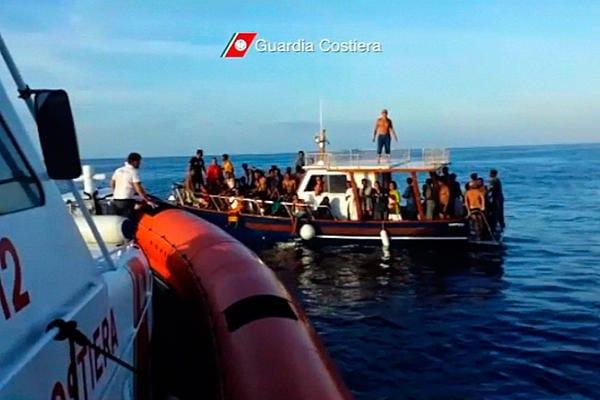 Na Svetu EU osrednja pozornost namenjena razmeram na sredozemski migracijski poti