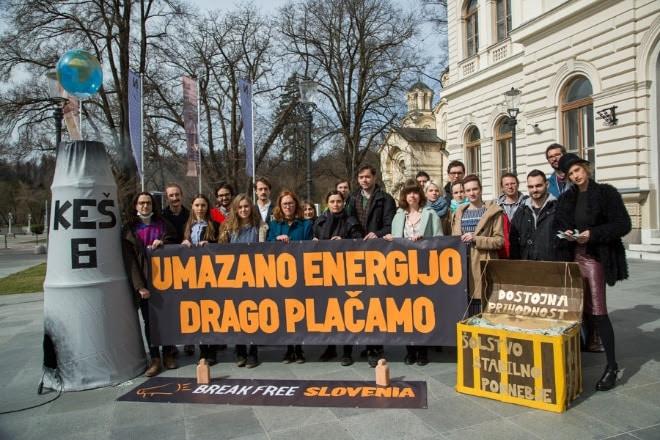 Poziv NVO: Vlada naj se neha uklanjati fosilni industriji!
