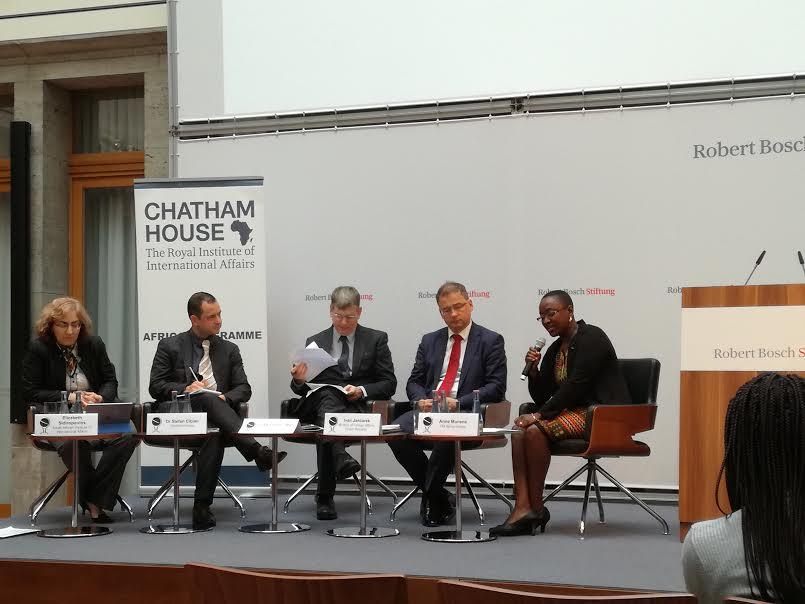 SLOGA na okrogli mizi »Vzpostavljanje partnerstev med Srednje in Vzhodnoevropskimi državami z Afriškim kontinentom«