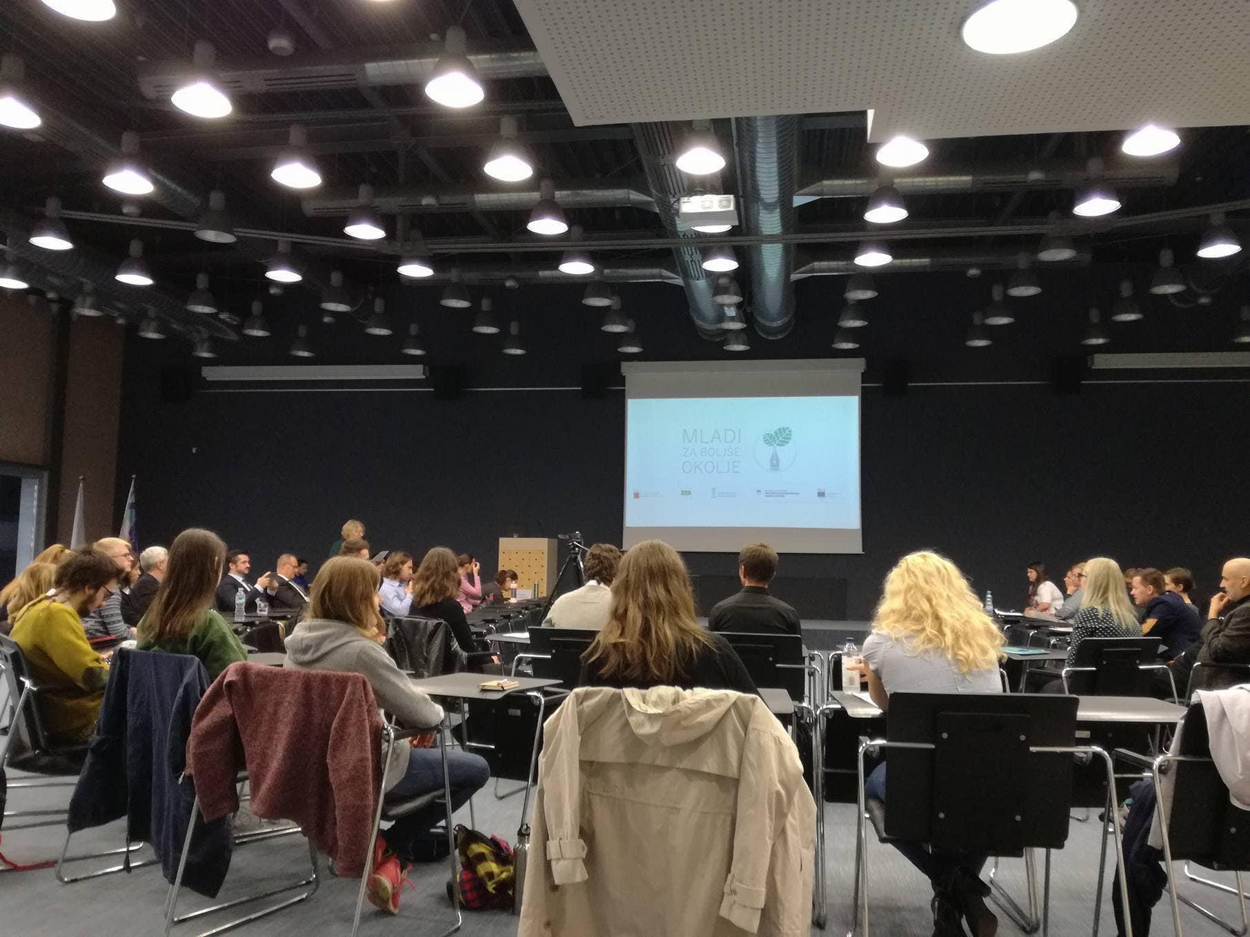 Mladi za boljše okolje: študentski simpozij