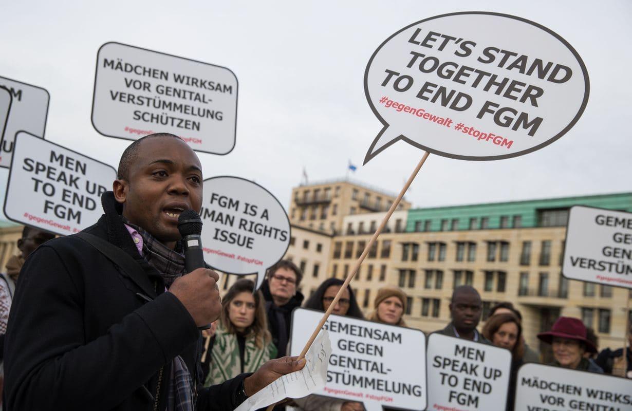 Pohabljanju genitalij je izpostavljenih tudi 500.000 deklet v Evropi