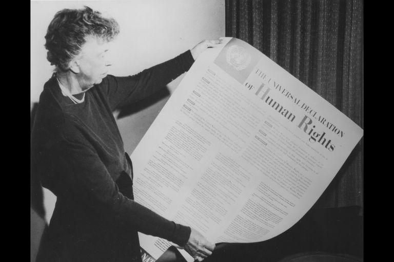 Humanistični in civilizacijski prispevek žensk pri oblikovanju Splošne deklaracije človekovih pravic