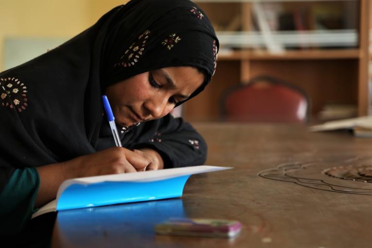 V Afganistanu skoraj štiri milijone otrok brez dostopa do izobraževanja