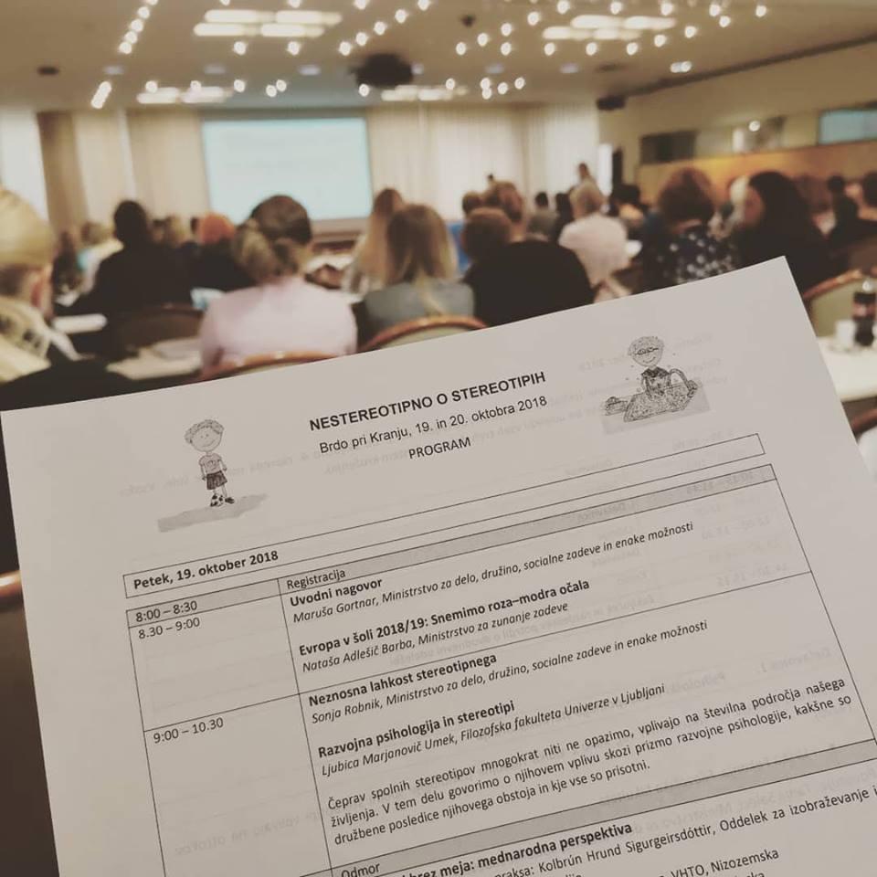 SLOGA na mednarodni konferenci »Nestereotipno o stereotipih«