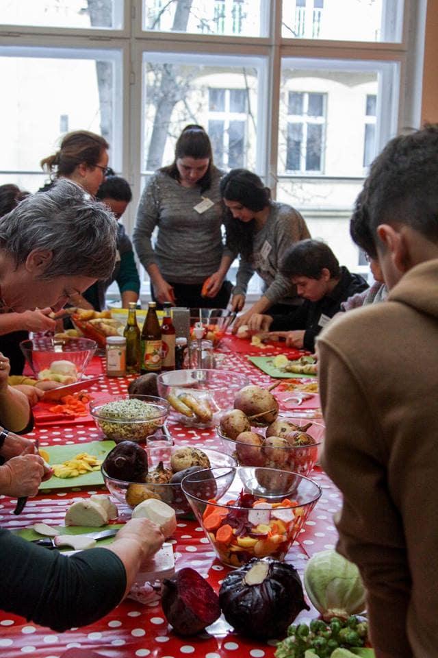 Jesti odgovorno: organiziranje okoljsko zavednih dogodkov