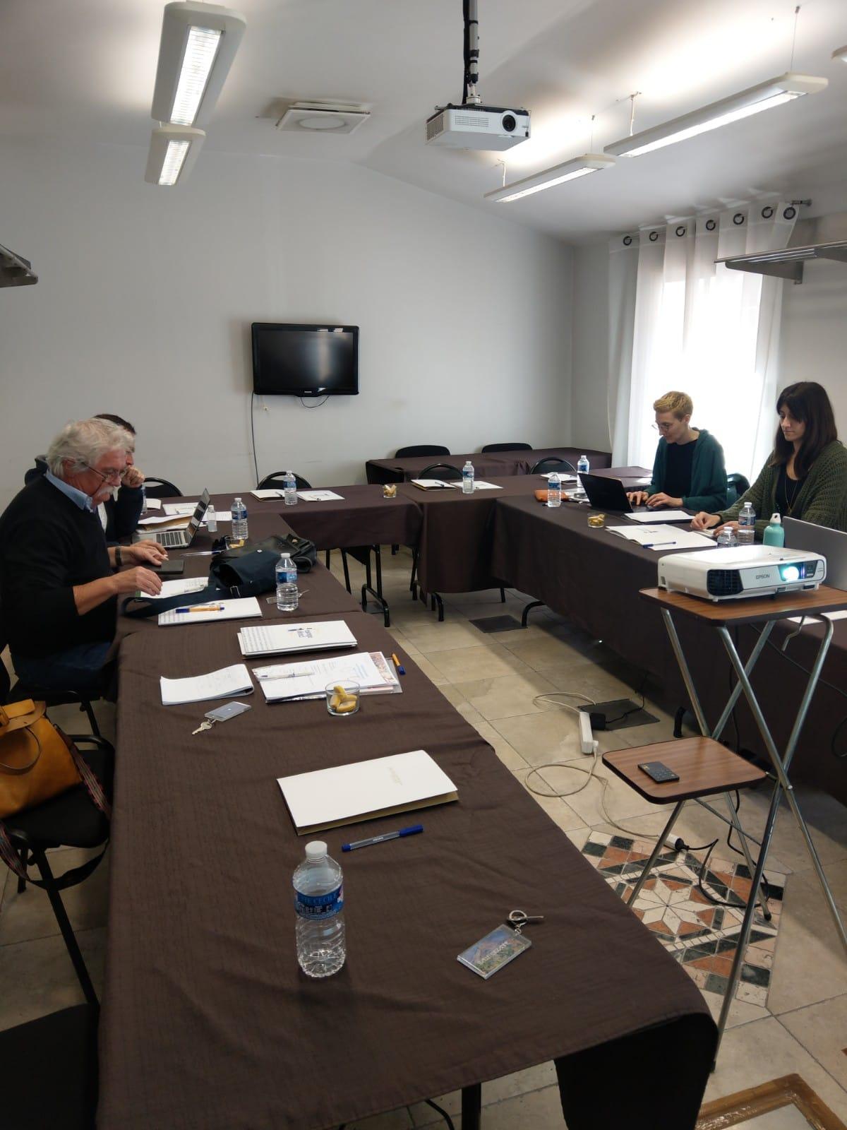 Društvo za razvijanje prostovoljnega dela z uvodnim sestankom začel projekt Odkrijte našo Evropo