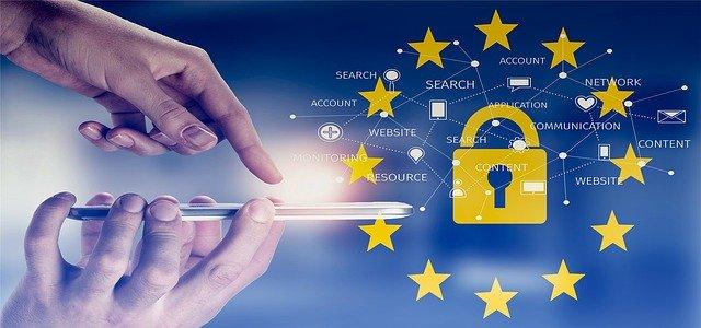 Evropske organizacije za človekove in digitalne pravice opozarjajo na nezakonite načine spletnega oglaševanja aplikacij za zmenke