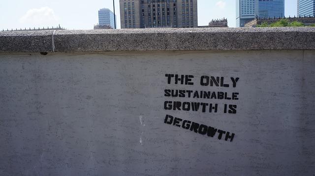 Odrast: nove korenine za gospodarstvo