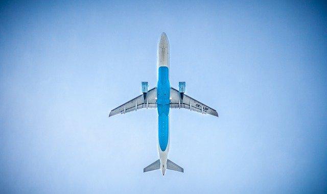 Civilna družba zahteva nujne ukrepe na področju zmanjšanja emisij v letalskem sektorju