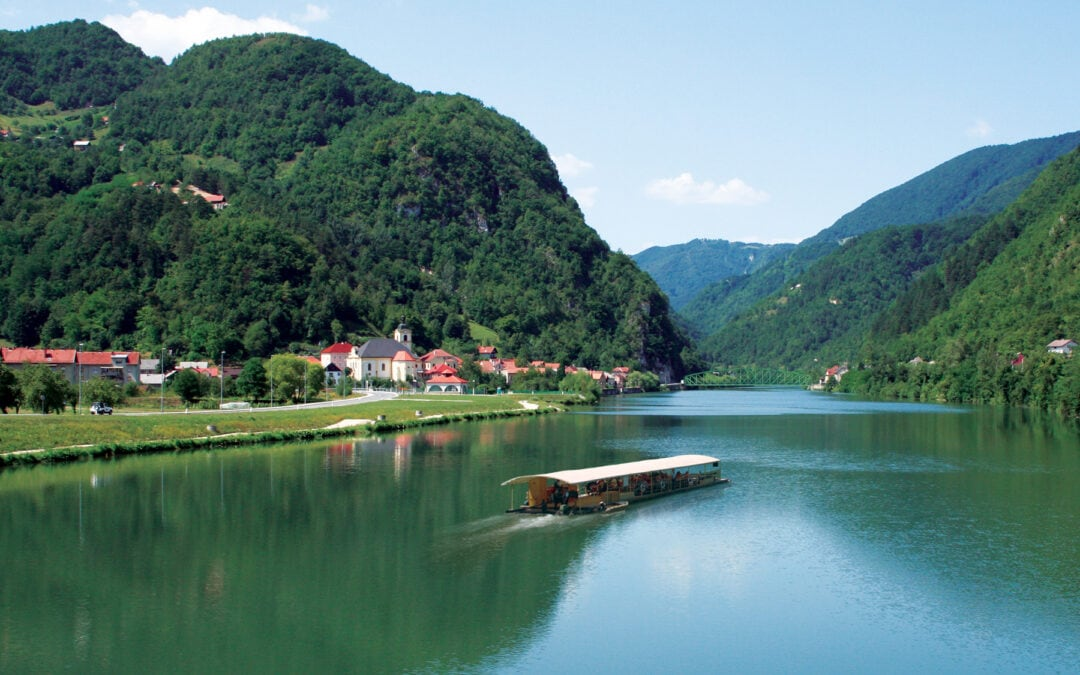 Sava v Radečah. Foto: Duška Kalin/wikipedija