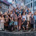 Aktivisti referendumske kampanje po zaprtju volišče 11. julija 2021. Foto: Umanotera.org
