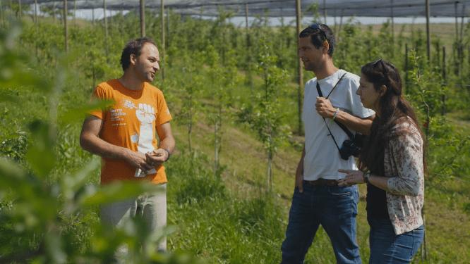 Umanotera: Oskrba s hrano z nizkimi izpusti toplogrednih plinov na kmetiji Zlate misli