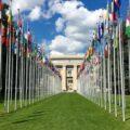 Zastave držav članic OZN pred ženevsko palačo narodov. Foto: Wikimedia Commons