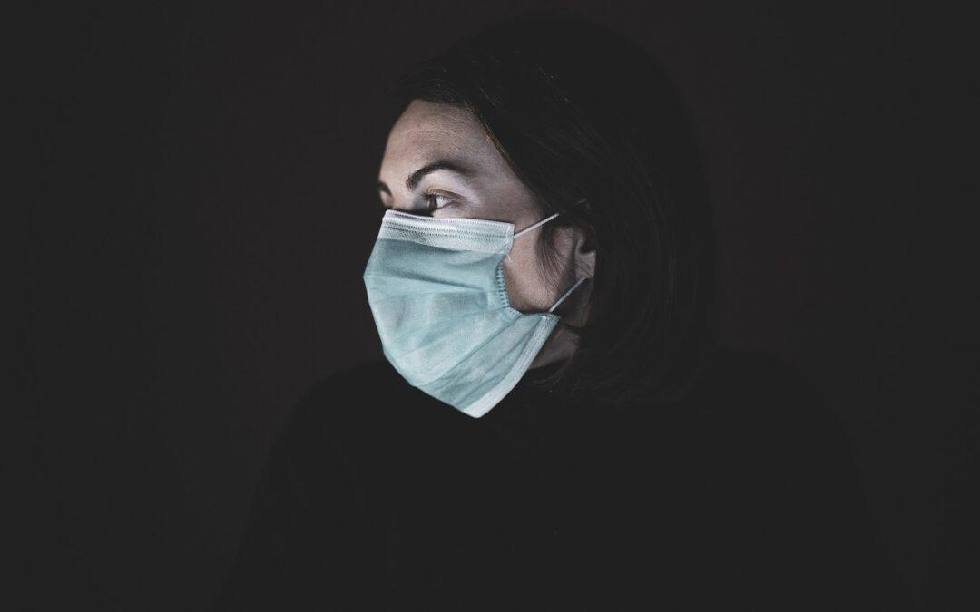 Pandemija je ogrozila napredek na področju enakosti spolov